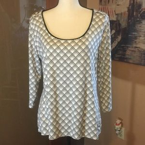 WHBM soft silky Black and white scoop neck blouse